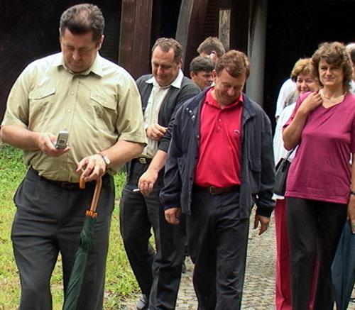 Međunarodne volontere koji od 14. srpnja, u okviru Međunarodnog ...: http://www.virovitica.net/volonteri-iz-lisicina-sele-u-slatinu/620/